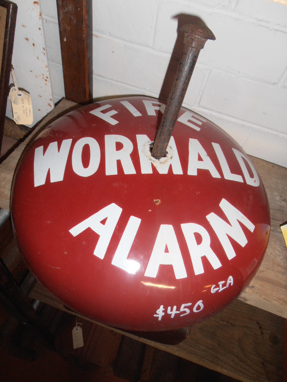HEATHS OLD WARES COLLECTABLES AND INDUSTRIAL ANTIQUES 19-21 Broadway Burringbar NSW 2483 Open 7 days Ph: 0266771181